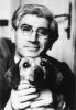 altes schwarz-weiß Foto von Arnold Daghani und seinem Hund Dakie